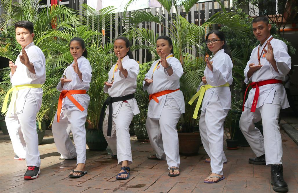 Fatima Lands Solid Kicks At Karatedo (2)